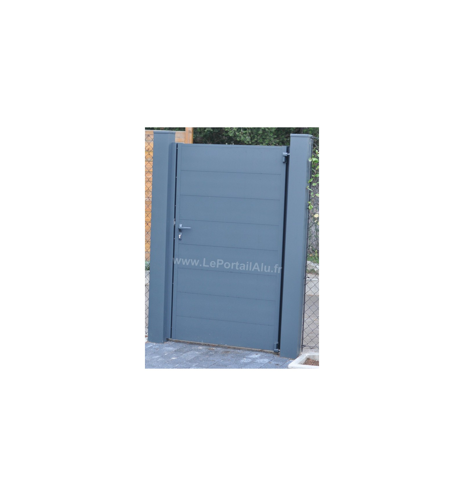 Portillon lame large horizontale 220 flat for Dimension portillon standard